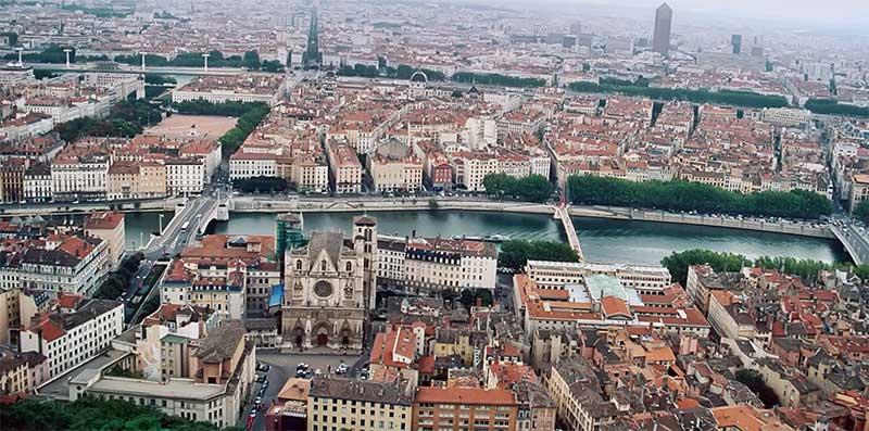Faire une location de vélo électrique à Lyon